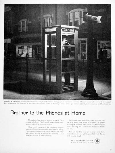 1955 Bell Telephone Booth #004100